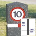Berkeley Flexible Rubber Moulded Bollard with Sign (150mm x 700mm)